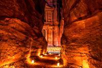 GIORDANIA, Petra by night, l'escursione notturna nel sito più bello del medioriente